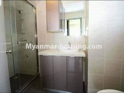 缅甸房地产 - 出租物件 - No.4473 - Studio room with standard decoration in Glaxy Tower for rent, Star City, Thanlyin! - bathroom
