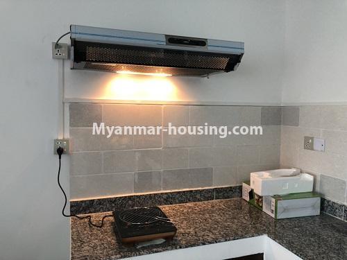 မြန်မာအိမ်ခြံမြေ - ငှားရန် property - No.4475 - စမ်းချောင်းမြို့နယ် စမ်းချောင်း Garden ကွန်ဒိုတွင် ပရိဘောဂပါပြီး အခန်းငှားရန် ရှိသည်။another view of kitchen