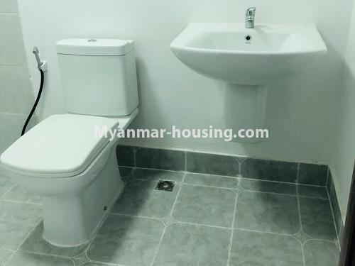 မြန်မာအိမ်ခြံမြေ - ငှားရန် property - No.4475 - စမ်းချောင်းမြို့နယ် စမ်းချောင်း Garden ကွန်ဒိုတွင် ပရိဘောဂပါပြီး အခန်းငှားရန် ရှိသည်။bathroom
