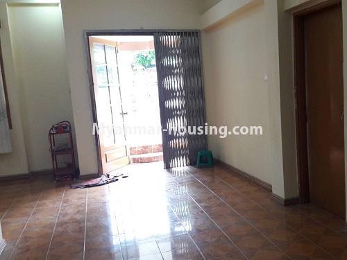 မြန်မာအိမ်ခြံမြေ - ငှားရန် property - No.4477 - မြောက်ဥက္ကလာတွင် နှစ်ထပ်အိပ် ငှားရန်ရှိသည်။ downstairs living room