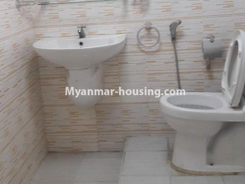 မြန်မာအိမ်ခြံမြေ - ငှားရန် property - No.4477 - မြောက်ဥက္ကလာတွင် နှစ်ထပ်အိပ် ငှားရန်ရှိသည်။ bathroom