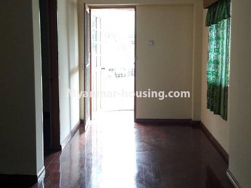 မြန်မာအိမ်ခြံမြေ - ငှားရန် property - No.4477 - မြောက်ဥက္ကလာတွင် နှစ်ထပ်အိပ် ငှားရန်ရှိသည်။ corridor