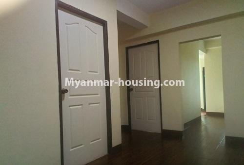 မြန်မာအိမ်ခြံမြေ - ငှားရန် property - No.4488 - တောင်ဥက္ကလာပရတနာလမ်းမကြီးအနီးတွင် ကွန်ဒိုတစ်ခန်းငှားရန်ရှိသည်။master bedroom