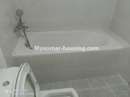 မြန်မာအိမ်ခြံမြေ - ငှားရန် property - No.4495 - စမ်းချောင်း၊ Sanchaung Garden Residence တွင် ခေတ်မှီကွန်ဒိုခန်း တစ်ခန်းငှားရန်ရှိသည်။bathroom 1