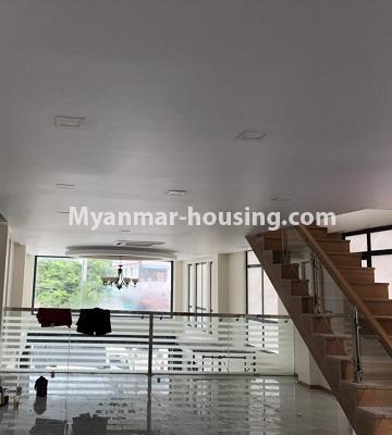 မြန်မာအိမ်ခြံမြေ - ငှားရန် property - No.4496 - Showroom ဖွင့််ချင်သူများအတွက် တောင်ဥက္ကလာမိန်းလမ်းမကြီးပေါ်တွင် RC3ထပ်ခွဲတစ်လုံး ငှားရန်ရှိသည်။mezzanine view