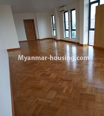 မြန်မာအိမ်ခြံမြေ - ငှားရန် property - No.4496 - Showroom ဖွင့််ချင်သူများအတွက် တောင်ဥက္ကလာမိန်းလမ်းမကြီးပေါ်တွင် RC3ထပ်ခွဲတစ်လုံး ငှားရန်ရှိသည်။second floor view