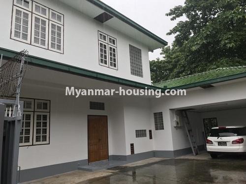 မြန်မာအိမ်ခြံမြေ - ငှားရန် property - No.4497 - ဗဟန်းတွင် လူနေထိုင်ရန် သို့မဟုတ် ရုံးခန်းဖွင့်ရန် နှစ်ထပ်အိမ်တစ်လုံး ငှားရန်ရှိသည်။house view