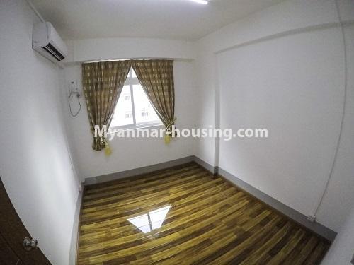 မြန်မာအိမ်ခြံမြေ - ငှားရန် property - No.4499 - ဗိုလ်တစ်ထောင် Time Square တွင် အိပ်ခန်းနှစ်ခန်းနှင့် ကွန်ဒိုခန်းငှားရန် ရှိသည်။bedroom 1 view