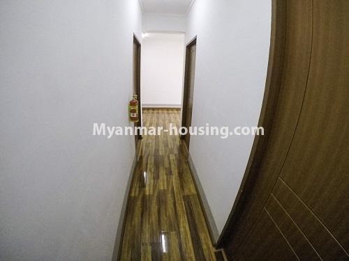 မြန်မာအိမ်ခြံမြေ - ငှားရန် property - No.4499 - ဗိုလ်တစ်ထောင် Time Square တွင် အိပ်ခန်းနှစ်ခန်းနှင့် ကွန်ဒိုခန်းငှားရန် ရှိသည်။corridor