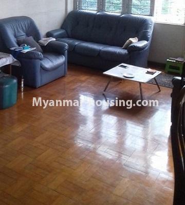 မြန်မာအိမ်ခြံမြေ - ငှားရန် property - No.4501 - ဗိုလ်တစ်ထောင်တွင် ရုံးခန်းဖွင့်ရန်အတွက် တိုက်ခန်းကျယ် ငှားရန်ရှိသည်။living room
