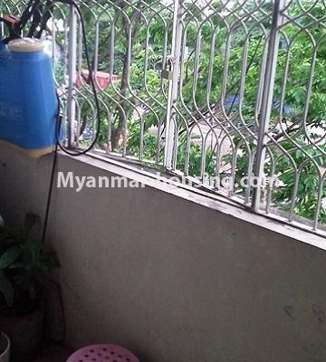 မြန်မာအိမ်ခြံမြေ - ငှားရန် property - No.4501 - ဗိုလ်တစ်ထောင်တွင် ရုံးခန်းဖွင့်ရန်အတွက် တိုက်ခန်းကျယ် ငှားရန်ရှိသည်။balcony view