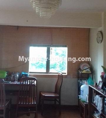 မြန်မာအိမ်ခြံမြေ - ငှားရန် property - No.4501 - ဗိုလ်တစ်ထောင်တွင် ရုံးခန်းဖွင့်ရန်အတွက် တိုက်ခန်းကျယ် ငှားရန်ရှိသည်။dining area