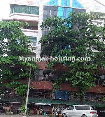 မြန်မာအိမ်ခြံမြေ - ငှားရန် property - No.4501 - ဗိုလ်တစ်ထောင်တွင် ရုံးခန်းဖွင့်ရန်အတွက် တိုက်ခန်းကျယ် ငှားရန်ရှိသည်။builing view