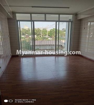 မြန်မာအိမ်ခြံမြေ - ငှားရန် property - No.4504 - ဗိုလ်တစ်ထောင် Time Square တွင် ပထမထပ် ကွန်ဒိုခန်းငှားရန် ရှိသည်။living room