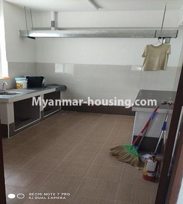 မြန်မာအိမ်ခြံမြေ - ငှားရန် property - No.4504 - ဗိုလ်တစ်ထောင် Time Square တွင် ပထမထပ် ကွန်ဒိုခန်းငှားရန် ရှိသည်။kitchen