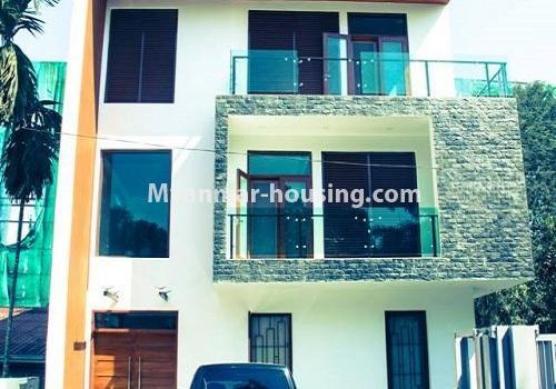 မြန်မာအိမ်ခြံမြေ - ငှားရန် property - No.4517 - မရမ်းကုန်း ၈မိုင်တွင် ပရိဘောဂ ပစ္စည်းအပြည့်အစုံပါ ရေကူးကန်ပါ ဓာတ်လှေခါးပါ သုံးထပ်ခွဲအိမ်တစ်လုံး ငှားရန်ရှိသည်။building view