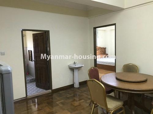 မြန်မာအိမ်ခြံမြေ - ငှားရန် property - No.4524 - မြို့ထဲ မြန်မာ့ဂုဏ်ရည်ကွန်ဒိုတွင်  အခန်ငှားရန်ရှိသည်။dining room view