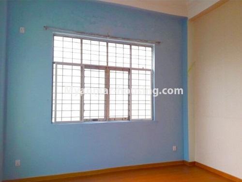 မြန်မာအိမ်ခြံမြေ - ငှားရန် property - No.4535 - မရမ်းကုန်း ၈မိုင်တွင် အိပ်ခန်းရှစ်ခန်းပါသော လုံးချင်းအိမ် ငှားရန်ရှိသည်။bedroom 1