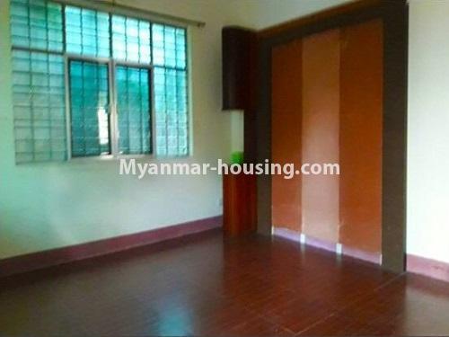 မြန်မာအိမ်ခြံမြေ - ငှားရန် property - No.4535 - မရမ်းကုန်း ၈မိုင်တွင် အိပ်ခန်းရှစ်ခန်းပါသော လုံးချင်းအိမ် ငှားရန်ရှိသည်။bedroom 2