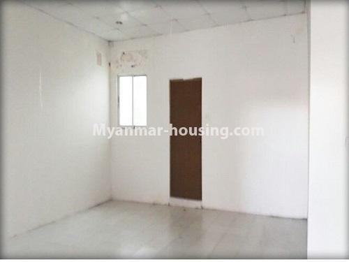 မြန်မာအိမ်ခြံမြေ - ငှားရန် property - No.4535 - မရမ်းကုန်း ၈မိုင်တွင် အိပ်ခန်းရှစ်ခန်းပါသော လုံးချင်းအိမ် ငှားရန်ရှိသည်။bedroom 4