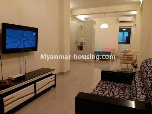 မြန်မာအိမ်ခြံမြေ - ငှားရန် property - No.4541 - သာကေတတွင် ပြင်ဆင်ပြီး ပရိဘောဂအပြည့်အစုံနှင် စတူဒီယိုအခန်း ငှားရန်ရှိသည်။living room area