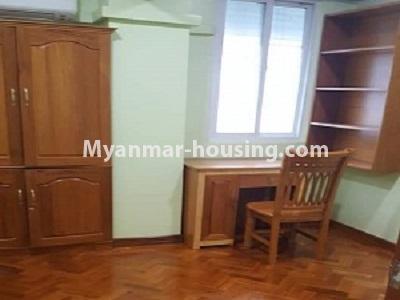 မြန်မာအိမ်ခြံမြေ - ငှားရန် property - No.4545 - မြေနီကုန်းတွင် အိပ်ခန်းနှစ်ခန်းပါသော မီနီကွန်ဒိုခန်း ငှားရန်ရှိသည်။master bedroom viet