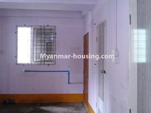 မြန်မာအိမ်ခြံမြေ - ငှားရန် property - No.4553 - ကျောက်တံတား ကျော်စီးတီးကွန်ဒိုတွင် ပထမထပ်ငှားရန်ရှိသည်။another view of kitchen