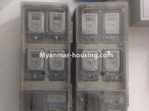 မြန်မာအိမ်ခြံမြေ - ငှားရန် property - No.4566 - ကြည့်မြင်တိုင်တွင် အသစ်ဆောက်လုပ်ထားသော ရှစ်ထပ်တိုက်ကွန်ဒိုအသေးစား ငှားရန်ရှိသည်။main switch