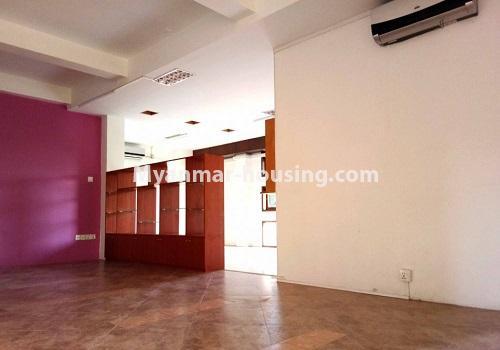 မြန်မာအိမ်ခြံမြေ - ငှားရန် property - No.4596 - ဗဟန်းတွင် အိပ်ခန်း ၂၅ခန်းပါသော လုံးချင်းအိမ် ငှားးရန်ရှိသည်။interior decoration view