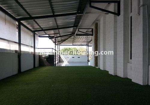 မြန်မာအိမ်ခြံမြေ - ငှားရန် property - No.4596 - ဗဟန်းတွင် အိပ်ခန်း ၂၅ခန်းပါသော လုံးချင်းအိမ် ငှားးရန်ရှိသည်။another top floor fake lawn view
