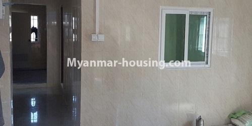 မြန်မာအိမ်ခြံမြေ - ငှားရန် property - No.4632 - ကြည့်မြင်တိုင်တွင် ပထမထပ်တိုက်ခန်း ငှားရန်ရှိသည်။bedroom wall view