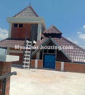 မြန်မာအိမ်ခြံမြေ - ငှားရန် property - No.4651 - မြောက်ဒဂုံတွင် အိပ်ခန်း ဆယ့်ရှစ်ခန်းပါသော ခြောက်ထပ်တိုက် ငှားရန်ရှိသည်။rooftop view