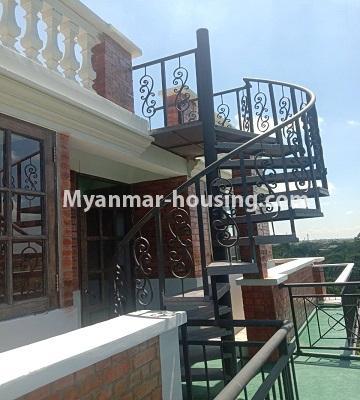မြန်မာအိမ်ခြံမြေ - ငှားရန် property - No.4651 - မြောက်ဒဂုံတွင် အိပ်ခန်း ဆယ့်ရှစ်ခန်းပါသော ခြောက်ထပ်တိုက် ငှားရန်ရှိသည်။stairs view to rooftop