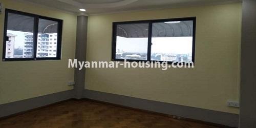 မြန်မာအိမ်ခြံမြေ - ငှားရန် property - No.4684 - ကြည့်မြင်တိုင်တွင် ရွေှဂုံသူကွန်ဒိုခန်း ငှားရန်ရှိသည်။bedroom view