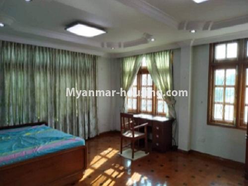 မြန်မာအိမ်ခြံမြေ - ငှားရန် property - No.4698 - မြောက်ဒဂုံ ဘေလီတံတားအဆင်းတွင် ကုမ္ပဏီ၊ သင်တန်းကျောင်း ဖွင့်ရန် လုံးချင်း ၃ထပ်တစ်လုံး ငှားရန်ရှိသည်။master bedroom view