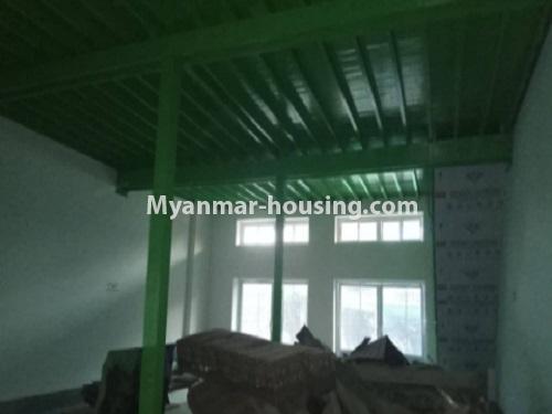 မြန်မာအိမ်ခြံမြေ - ငှားရန် property - No.4728 - ကြည့်မြင့်တိုင် ညဈေးအနီးတွင် မြေညီ အခန်းကျယ်တစ်ခန်းငှားရန်ရှိသည်။another interior view