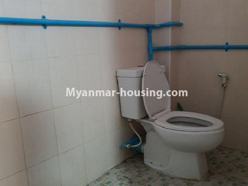 မြန်မာအိမ်ခြံမြေ - ငှားရန် property - No.4744 - စမ်းချောင်းတွင် အခန်းကောင်း Mini Condo  အခန်းငှားရန်ရှိသည်။another bathroom view