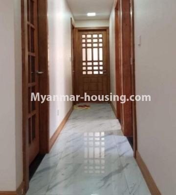 မြန်မာအိမ်ခြံမြေ - ငှားရန် property - No.4759 - အဆင့်မြင့်ပြင်ဆင်ထားသည့် အိပ်ခန်း၃ခန်းပါသည့်  အခန်းကောင်း ငှားရန်ရှိသည်။corridor view