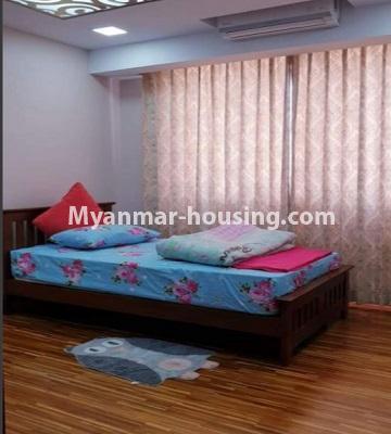 မြန်မာအိမ်ခြံမြေ - ငှားရန် property - No.4759 - အဆင့်မြင့်ပြင်ဆင်ထားသည့် အိပ်ခန်း၃ခန်းပါသည့်  အခန်းကောင်း ငှားရန်ရှိသည်။single bedroom view
