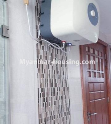 မြန်မာအိမ်ခြံမြေ - ငှားရန် property - No.4759 - အဆင့်မြင့်ပြင်ဆင်ထားသည့် အိပ်ခန်း၃ခန်းပါသည့်  အခန်းကောင်း ငှားရန်ရှိသည်။another bathroom view