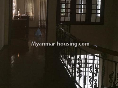 မြန်မာအိမ်ခြံမြေ - ငှားရန် property - No.4766 - ဗဟန်းတွင် လူနေထိုင်ရန် သို့မဟုတ် ရုံးခန်းဖွင့်ရန် နှစ်ထပ်အိမ်တစ်လုံး ငှားရန်ရှိသည်။upstairs view