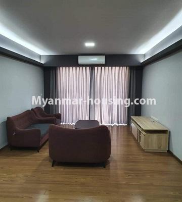 မြန်မာအိမ်ခြံမြေ - ငှားရန် property - No.4774 - Star City Condo တွင် အိပ်ခန်း သုံးခန်း ပါသည့် အခန်းကောင်း ငှားရန်ရှိသည်။living room view