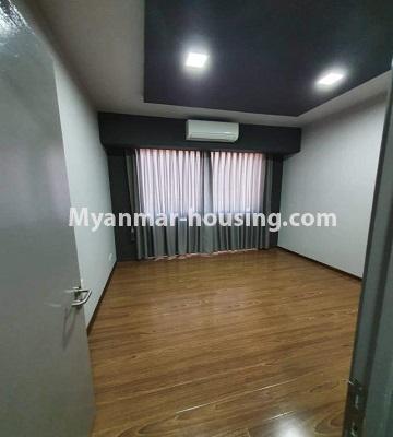မြန်မာအိမ်ခြံမြေ - ငှားရန် property - No.4774 - Star City Condo တွင် အိပ်ခန်း သုံးခန်း ပါသည့် အခန်းကောင်း ငှားရန်ရှိသည်။single bedroom view