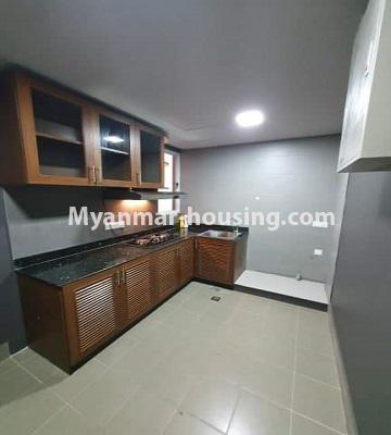 မြန်မာအိမ်ခြံမြေ - ငှားရန် property - No.4774 - Star City Condo တွင် အိပ်ခန်း သုံးခန်း ပါသည့် အခန်းကောင်း ငှားရန်ရှိသည်။kitchen view