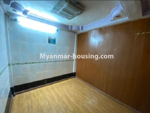 မြန်မာအိမ်ခြံမြေ - ငှားရန် property - No.4794 - ကျောက်မြောင်းထဲတွင် အလွှာနိမ့် အခန်းကောင်းတစ်ခန်း ငှားရန်ရှိသည်။another bedroom view