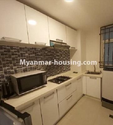 မြန်မာအိမ်ခြံမြေ - ငှားရန် property - No.4796 - Star City Condo တွင် အိပ်ခန်း တစ်ခန်း ပါသည့် အခန်းကောင်း ငှားရန်ရှိသည်။kitchen view