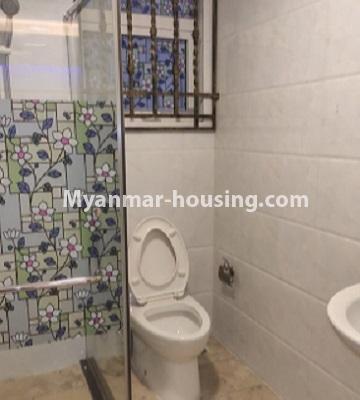မြန်မာအိမ်ခြံမြေ - ငှားရန် property - No.4796 - Star City Condo တွင် အိပ်ခန်း တစ်ခန်း ပါသည့် အခန်းကောင်း ငှားရန်ရှိသည်။bathroom view