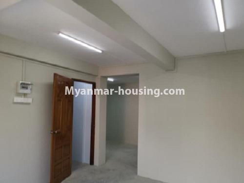 Myanmar real estate - for rent property - No.4797 - 2 BHK apartment room for rent in Tarmway! - inside layout view
