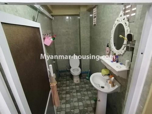 မြန်မာအိမ်ခြံမြေ - ငှားရန် property - No.4803 - တောင်ဥက္ကလာတွင် သုံးထပ်တိုက်ငှားရန် ရှိသည်။another bathroom view