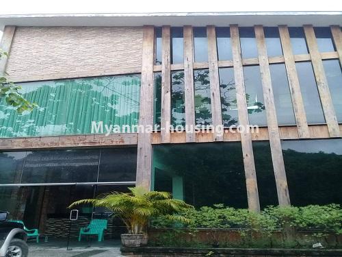 မြန်မာအိမ်ခြံမြေ - ငှားရန် property - No.4836 - တောင်ဥက္ကလာ သစ္စာလမ်းမပေါ် ၂ထပ်ဆိုင်ခန်း ငှားရန်ရှိသည်။shop house view